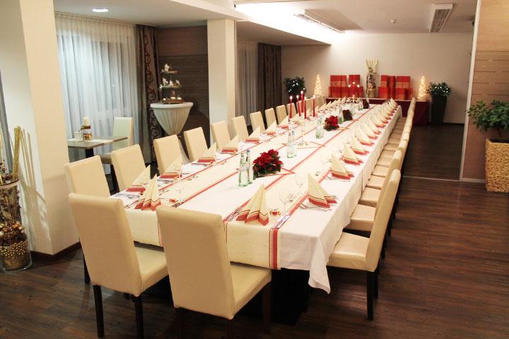 Rödelheimer Hof::Restaurant- und Frühstücksbereich