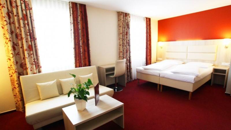 Rödelheimer Hof::Vierbett Zimmer